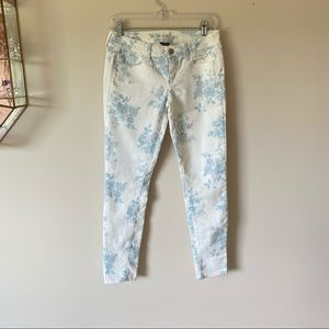 American Eagle Floral White Jeans